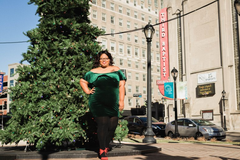 http://Finessecurves.com plus size velvet dress, velvet, crushed velvet, holiday outfit, plus size holiday dress, saint louis blogger, top blogger, top plus sie blogger, video vixen, midwest blogger, influencer, saint louis influencer, southern influencer, midwest influencer, garner style, gabi fresh, lingirie designer, size 12 shoes, beauty blogger, blacks who blog, fashion bomb daily, blavity, women in tech, people of color in tech, the chic natural