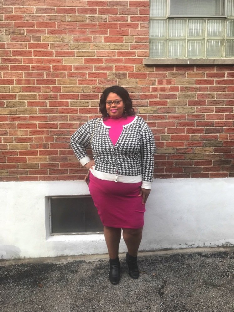 http://fineesecurves.com liv and kiss, stl night out, plus size vday look, rebdolls, up to size 6x, work to happy hour valentines day, redbook magazine, plus size model magazine, as seen on me, saint louis blogger, body positive