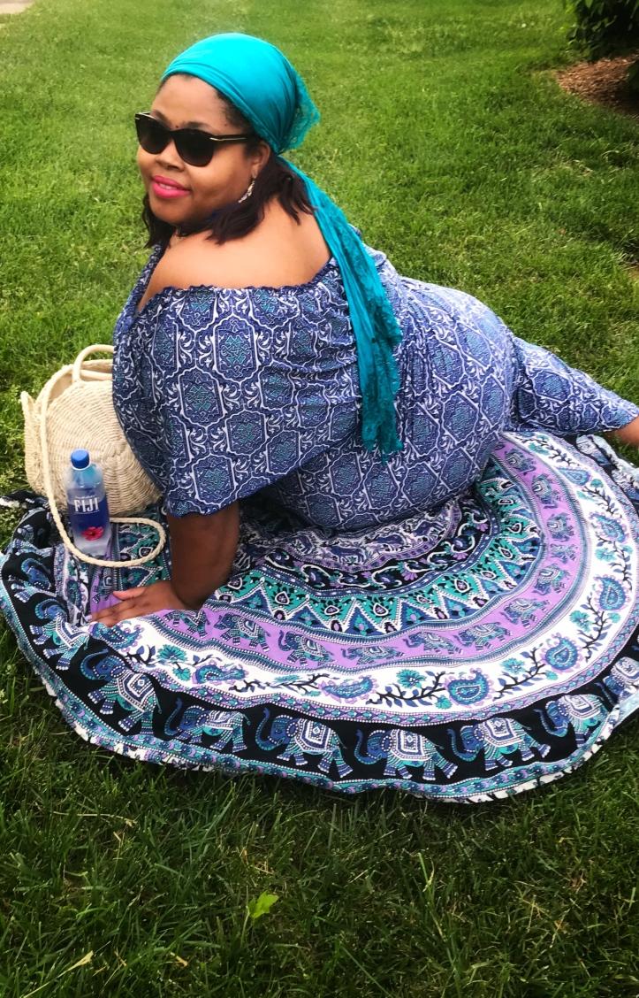 http://finessecurves.com gcg me, summer cookout, summer dress, patriotic dress, holiday dress, plus size maxi, full length dress, resort wear, plus size resort wear, saint louis blogger, twilight tuesday, fair saint louis