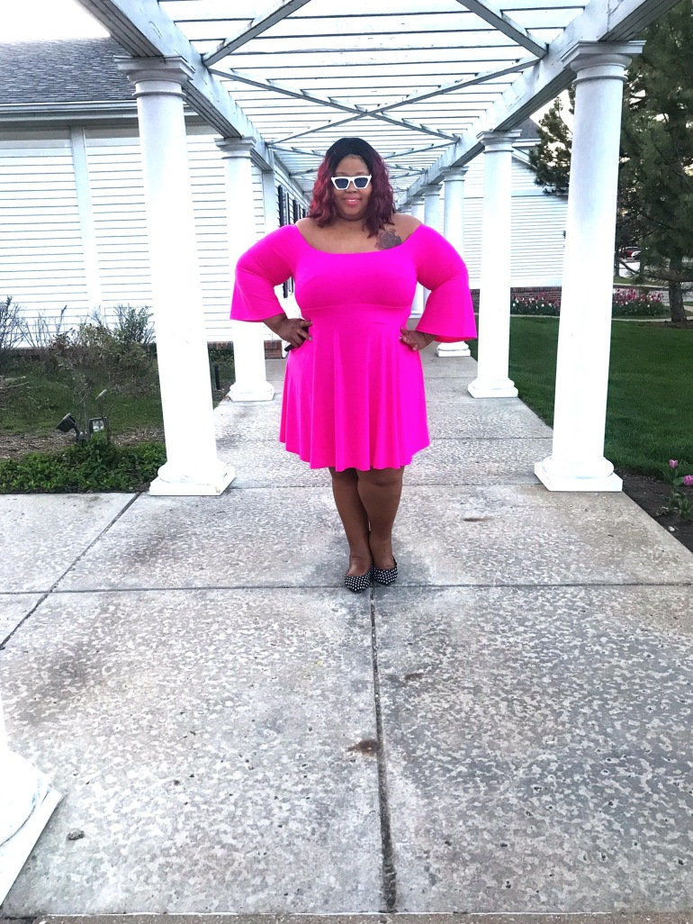 http://fineesecurves.com torrid insider, torrid fashion, spring plus size fashion, spring holiday dress, holiday dress, fetival style, plus size coachella, giveaway, plus size wedding look, ootd, like to know it, white sunglasses, polka dot shoes